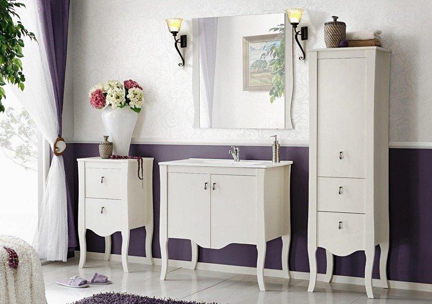 Słupek łazienkowy z drewna naturalnego Elisabeth [outlet]
